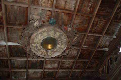 東大寺手水舎 羅針盤