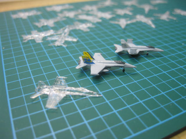ドラゴン F/A-18C 1/700 の2