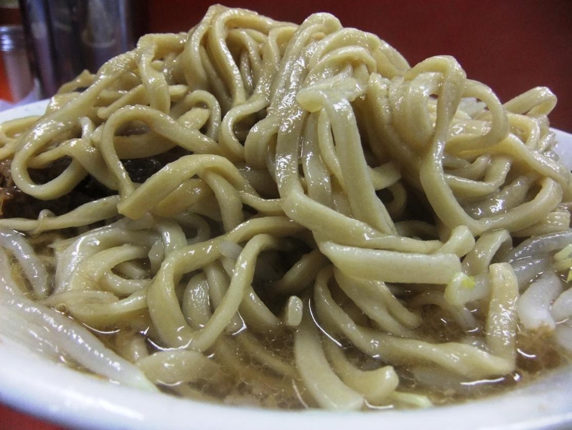 ラーメン二郎 神田神保町店:麺 11.12.06