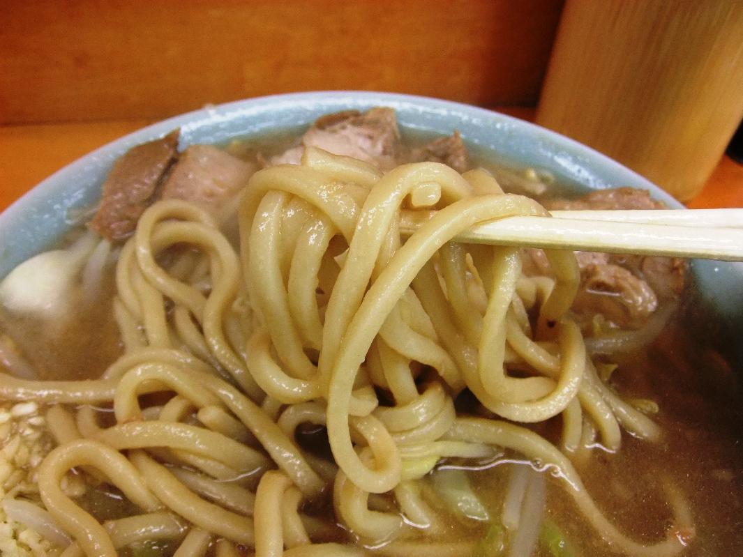 ラーメン二郎 新橋店:麺2 12.01.28