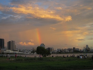 淀川河川敷2011