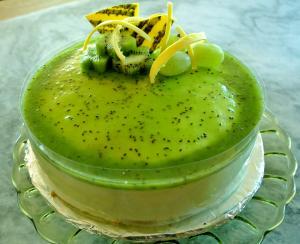 キューイフルーツのmousse cake