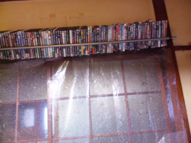 DVD棚全景