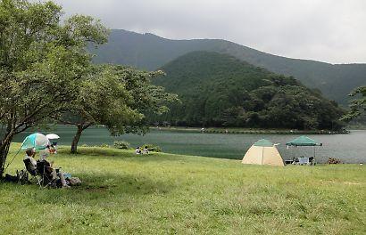 田貫湖湖畔