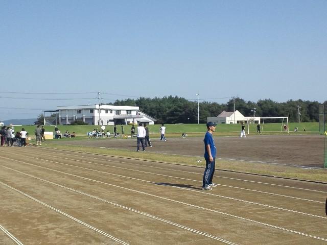 陸上競技場で開催