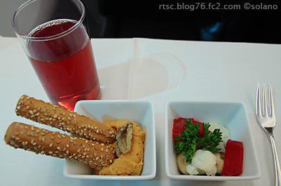 JALビジネスクラス機内食。アミューズ2種