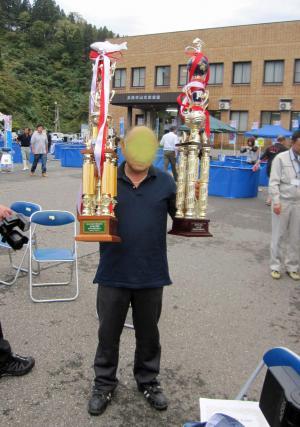 20111022 優勝トロフィー
