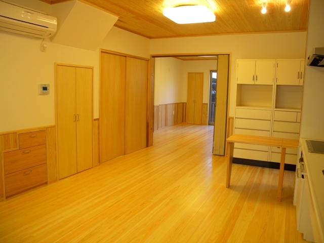 居間寝室1