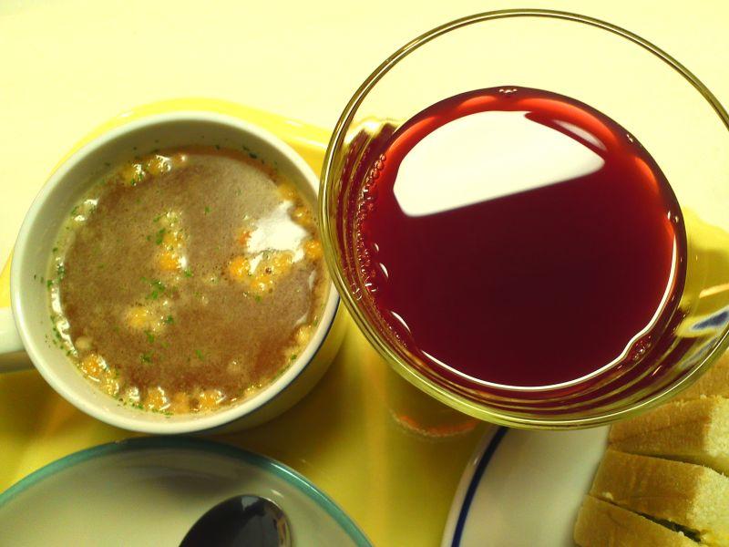 オニオンスープ・野菜ジュース