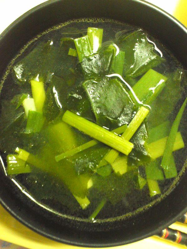 にんにくの葉スープ