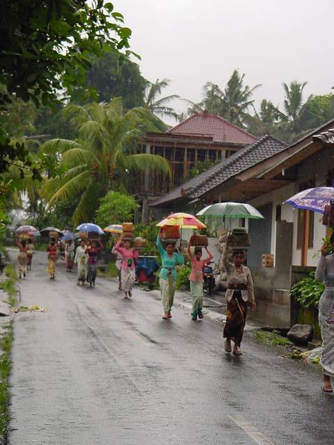 雨のオダラン