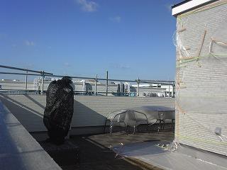 ■屋上で、、男泣き!!?