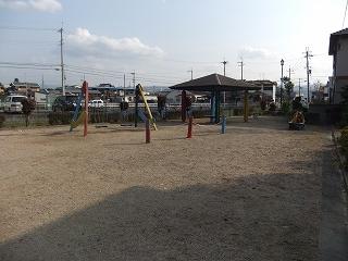 チェリーヒルズ樽井小学校前近隣公園②