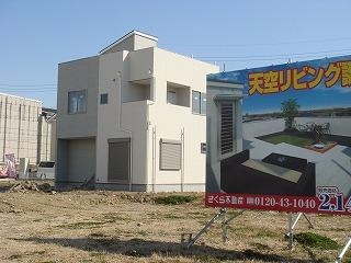 屋上庭園のある家120212a