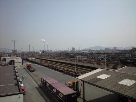 新南陽貨物駅