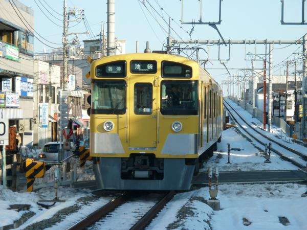 2014-02-16 西武2063F 各停池袋行き2