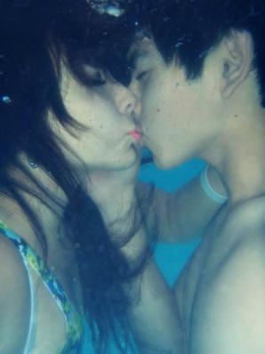 kiss001