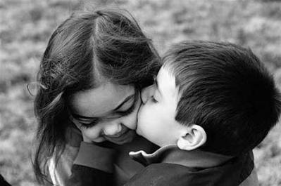 kids_kiss-12588.jpg