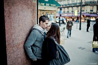 kiss-corner-street-HR.jpg