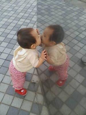 kiss_thumb.jpg