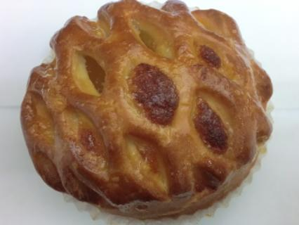 フレッシュベーカリー神戸屋 リンゴパイ?