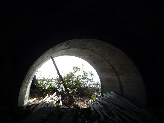 佐島洞窟砲台