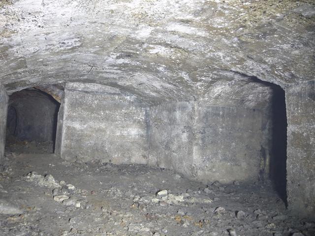 コンクリート巻き部屋