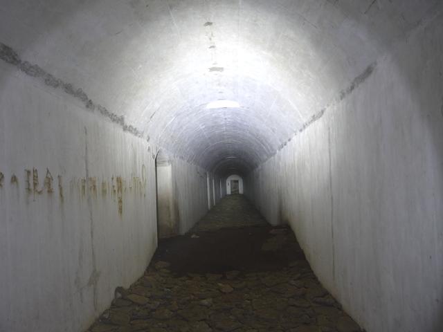 城ヶ島砲塔砲台地下砲側庫