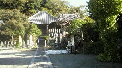 13番札所 神護寺の本堂