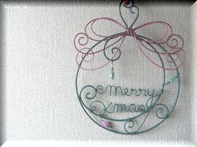 大人かわいいクリスマスリース