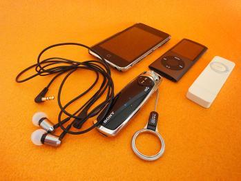 手持ちの音楽プレイヤー iPod nano&walkman編