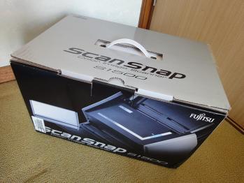 電子書籍自炊用に前から欲しかったScanSnap S1500を購入しました。