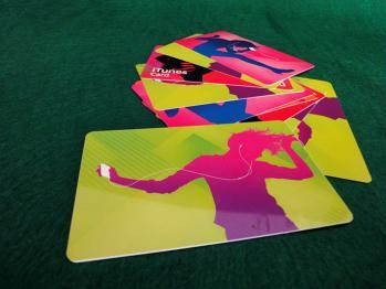 Appを買うために久々にiTunes Cardを購入しました。