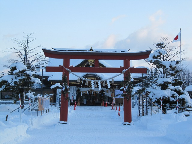 s-美瑛神社にて。
