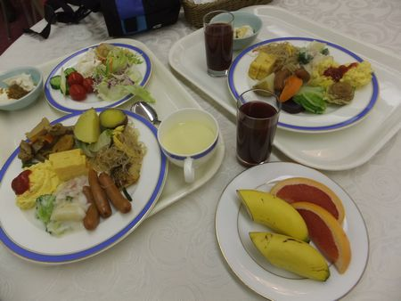バイキング朝食8-3