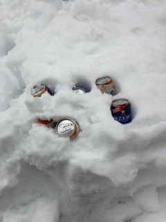 2015.2.15 ウッドデッキ雪 ビール