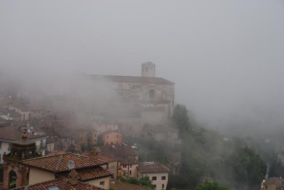 DSC_7725霧に煙る外国人大学