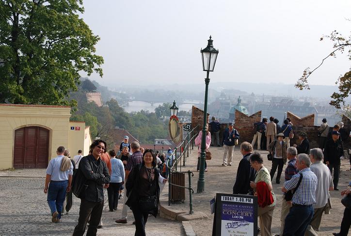 DSC_0769プラハ城からカレル橋を
