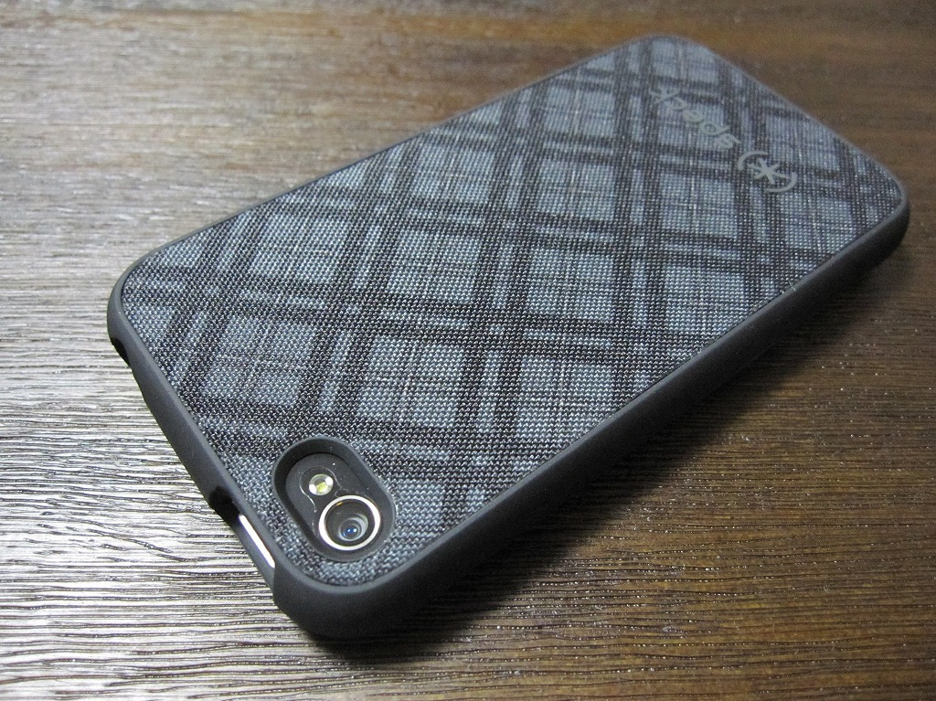 Speck fitted case for iPhone 4 (6)