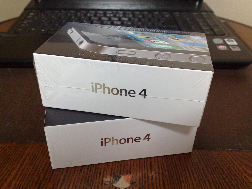 20100828_iPhone 4到着 (1)