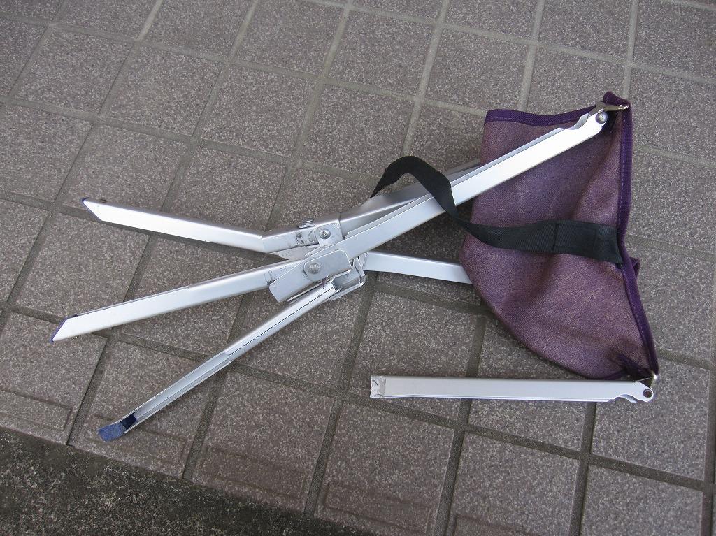 折畳み椅子 (1)