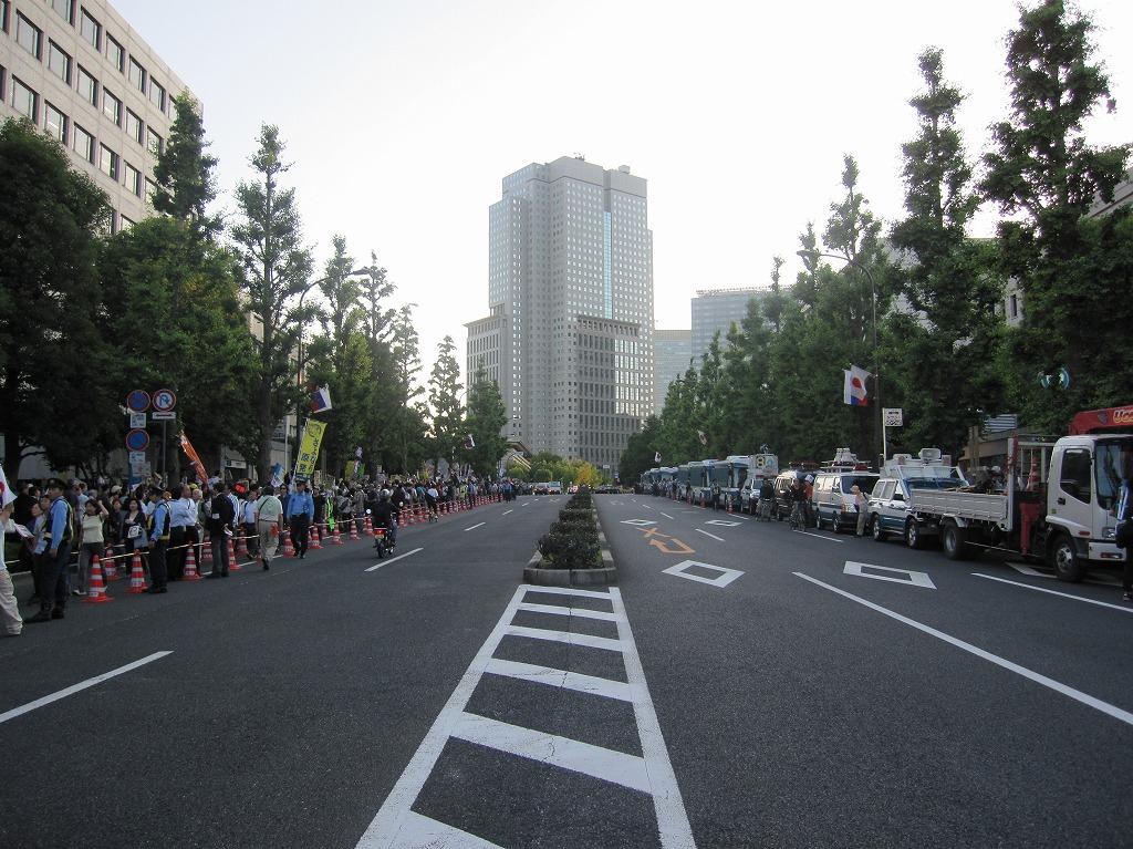 2012.06.29_大飯原発再稼動反対デモ@総理官邸前 (1)