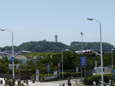 国道からの江ノ島