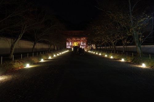 0861醍醐寺西大門ライトアップ
