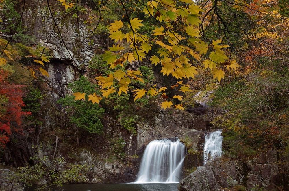 紅葉の三段峡