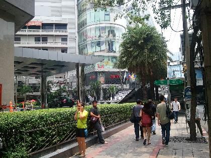 バンコク アソーク ターミナル21写真