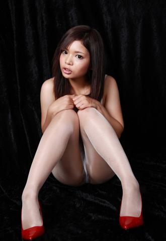 iroha_nakamura_dc1215.jpg