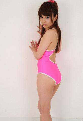 riri_kuribayashi_LP_03_006.jpg