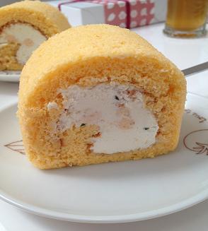 ポタジエ トマトロールケーキ
