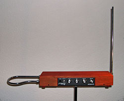 250px-Etherwave_Theremin_Kit[1]